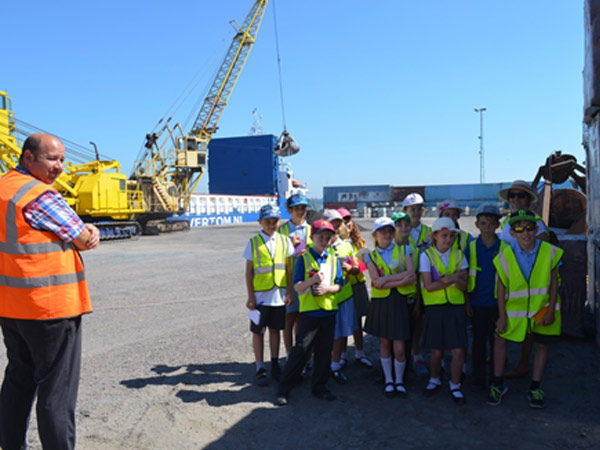 Highfield Primary School visit to the Port of Mistley